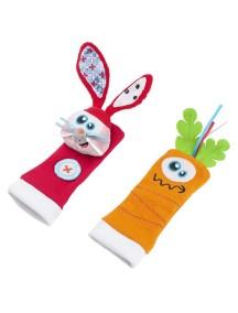 Babymoov Развивающая игрушка-носочки, Зайчонок и морковка