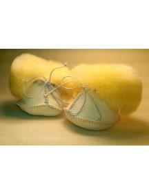 Носочки (пинетки) из медицинской овчинки Ramili Baby Basic / Рамили Бэби Бэсик
